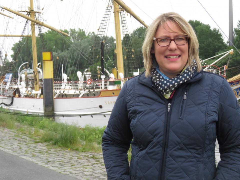 Die CDU Kreisvorsitzende fordert ehrliche Debatte um den Verbleib der Schulschiff Deutschland.